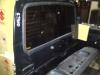 Pintu belakang (kaca defogger)